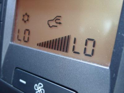 春が終わったかと思ったらもう真夏か!?この暑さを乗り切る為にもエアコンのメンテナンスを必要です